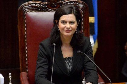 Il web contro laura boldrini popolo bue o giusta critica for Camera deputati web