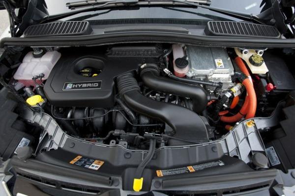 ford c max batteria