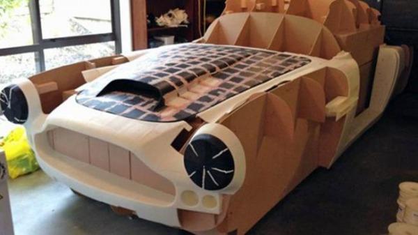 Aston martin db4 fatta in casa ecco la guida pratica - Programma creare casa ...