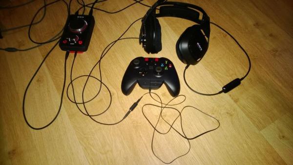 La procedura è abbastanza semplice e la base di partenza è l auricolare  incluso con Xbox One 0dd63dcbe884