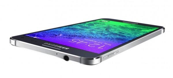 Samsung SM-A500: Lo Smartphone In Metallo Stile IPhone