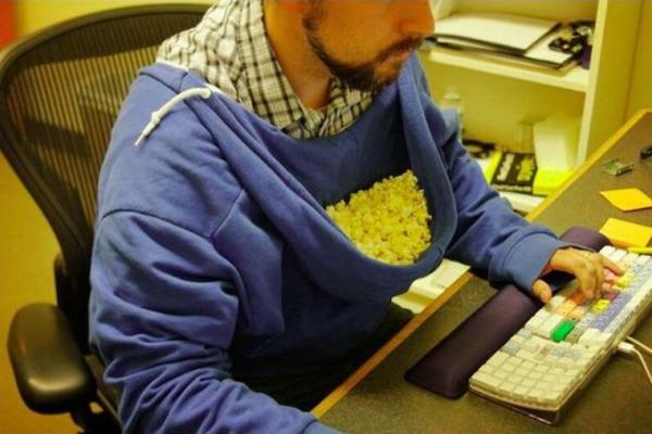 Italiani popolo di pirati, per l'AGCOM � Popcorn Time