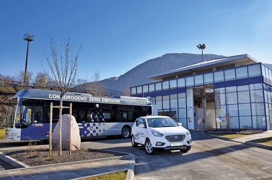 Autobus Dymler a idrogeno - Hyundai ix35 Flue Cell Bolzano