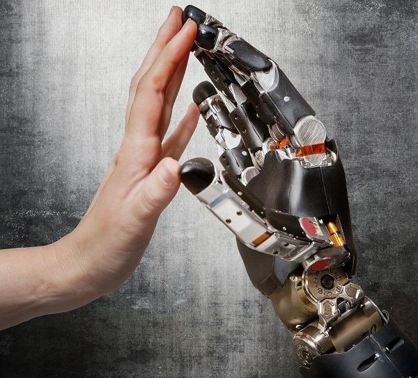Protesi robotizzate a controllo mentale