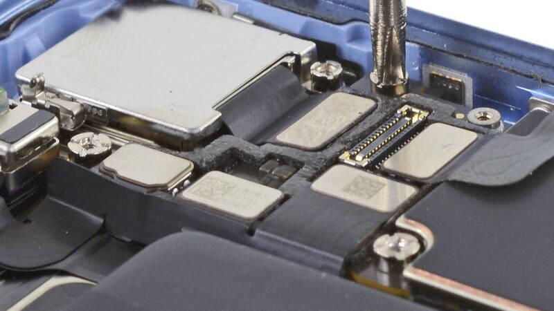 Riparazioni iPhone: Apple si apre ai centri indipendenti