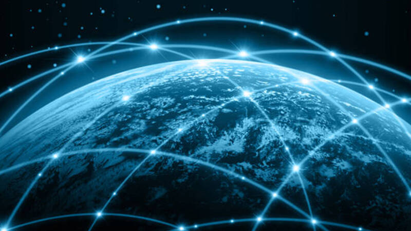 High speed wireless internet, laser transmission carried out between cities