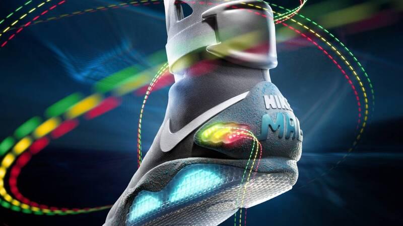 """Nike auto-allaccianti da basket nel 2019. Marty McFly di """"Ritorno al futuro""""  ne sarebbe felice 9db7e606106"""