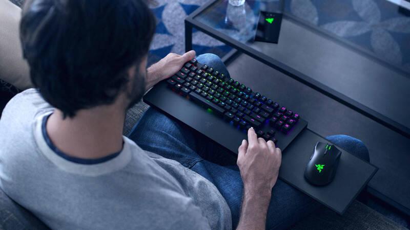 Razer vuole dollari per farvi giocare con tastiera e
