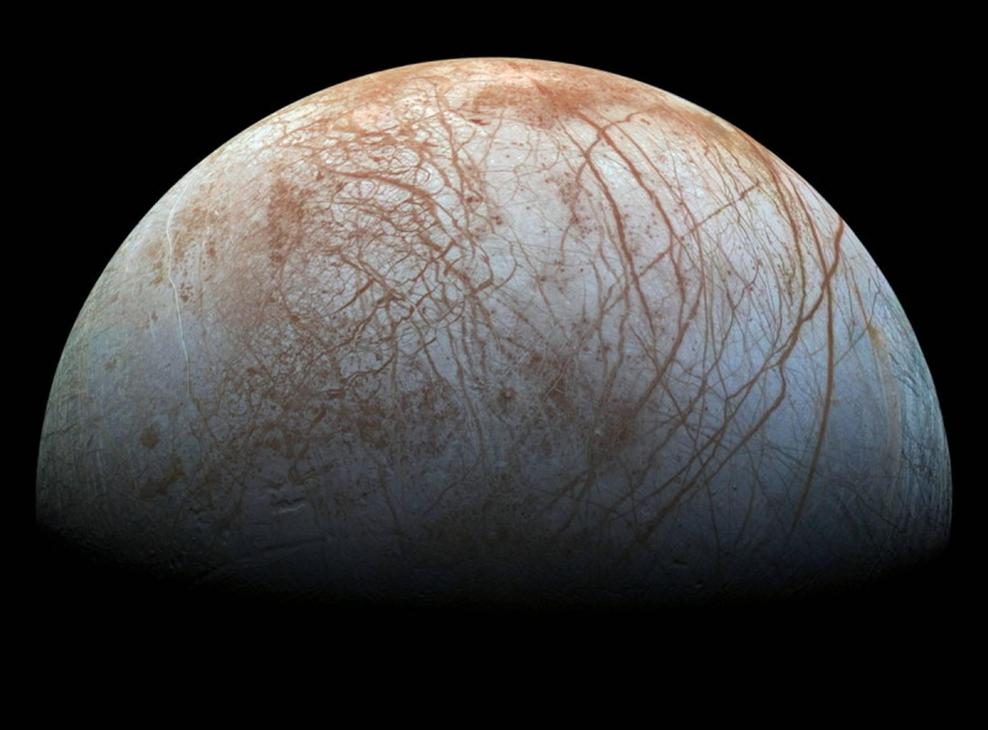 Missione NASA Clipper verso Europa, la luna ghiacciata di Giove