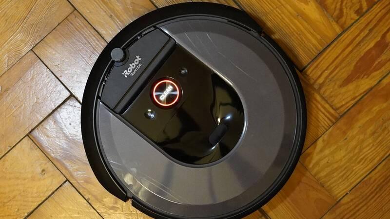 I Robot Roomba Opinioni.Recensione Irobot Roomba I7 Mappa La Casa E Svuota Da Solo