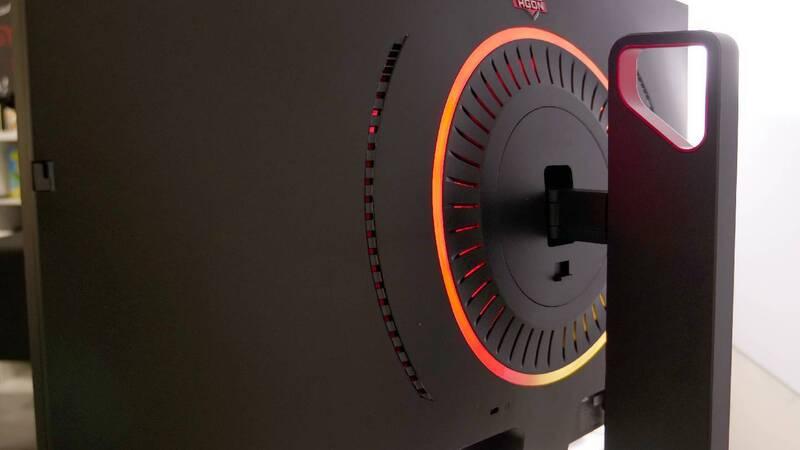 AOC, due monitor gaming con tempo di risposta di 0,5 millisecondi