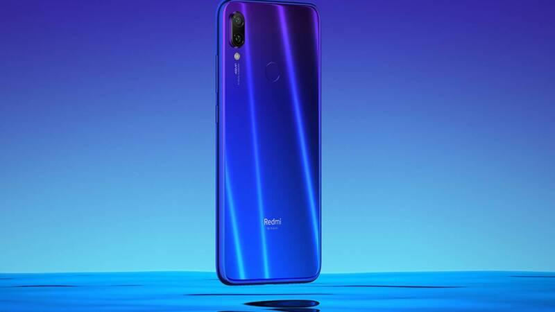 Redmi Note 7 e Galaxy M20: la sfida tra Xiaomi e Samsung monopolizzerà le scelte dei millennial