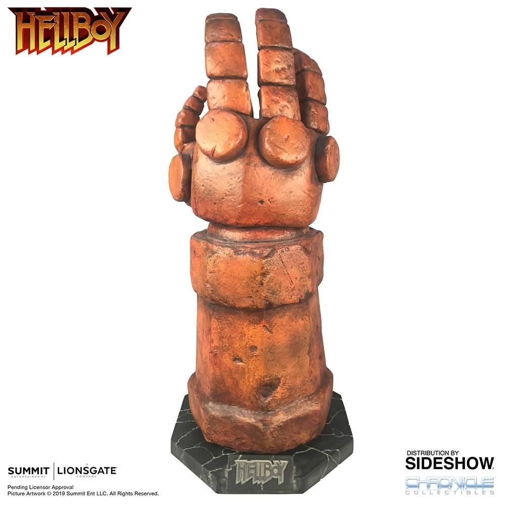Hellboy - mano