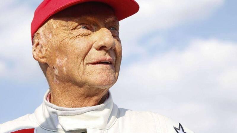 Niki Lauda è morto: la F1 piange la sua leggenda