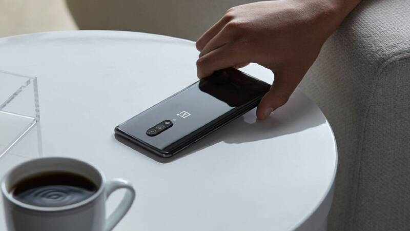 OnePlus 7 e 7 Pro ufficiali: fino a 12GB di RAM a partire da 559 euro