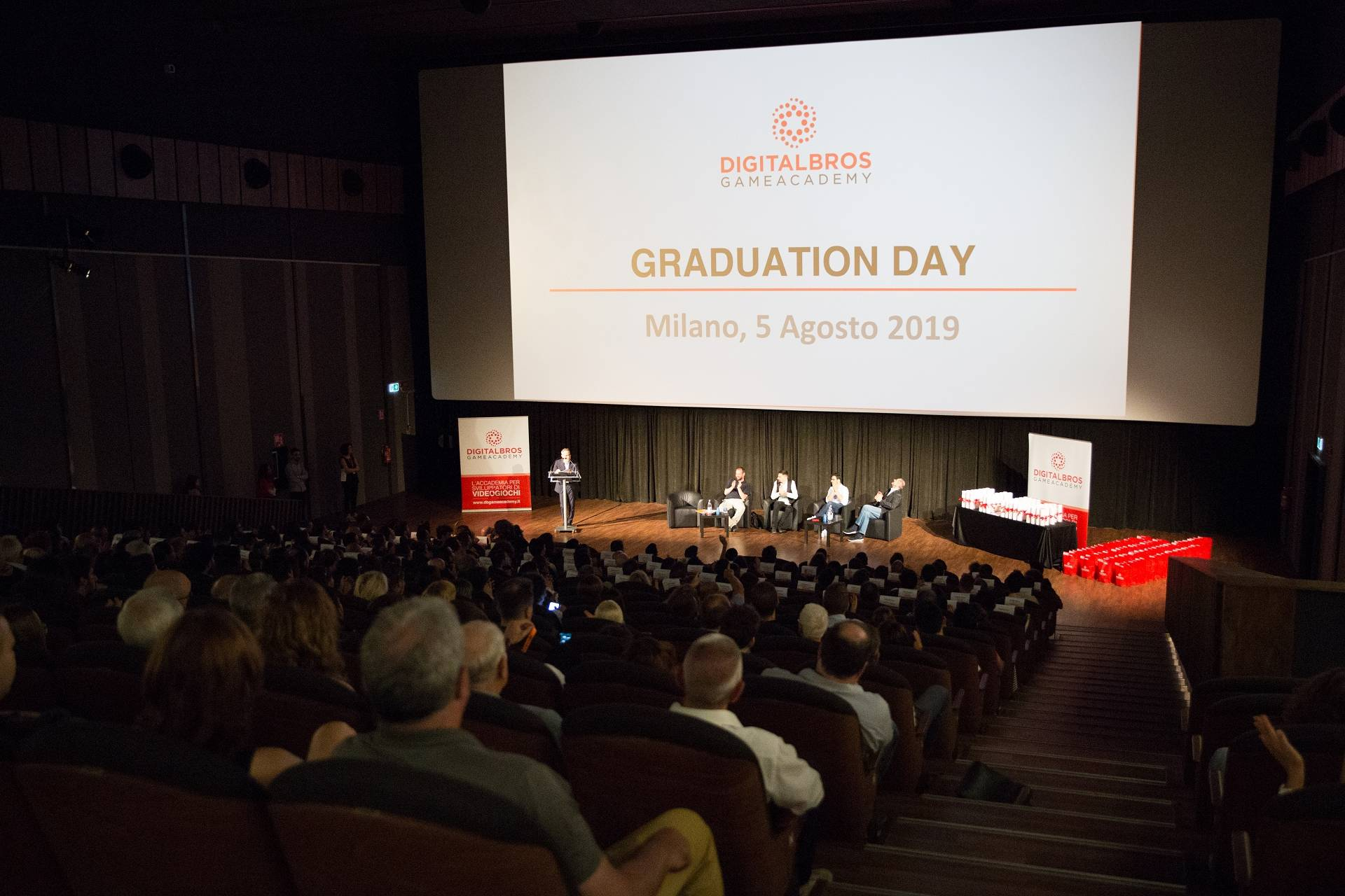 Digital Bros Game Academy cerimonia graduation day agosto 2019