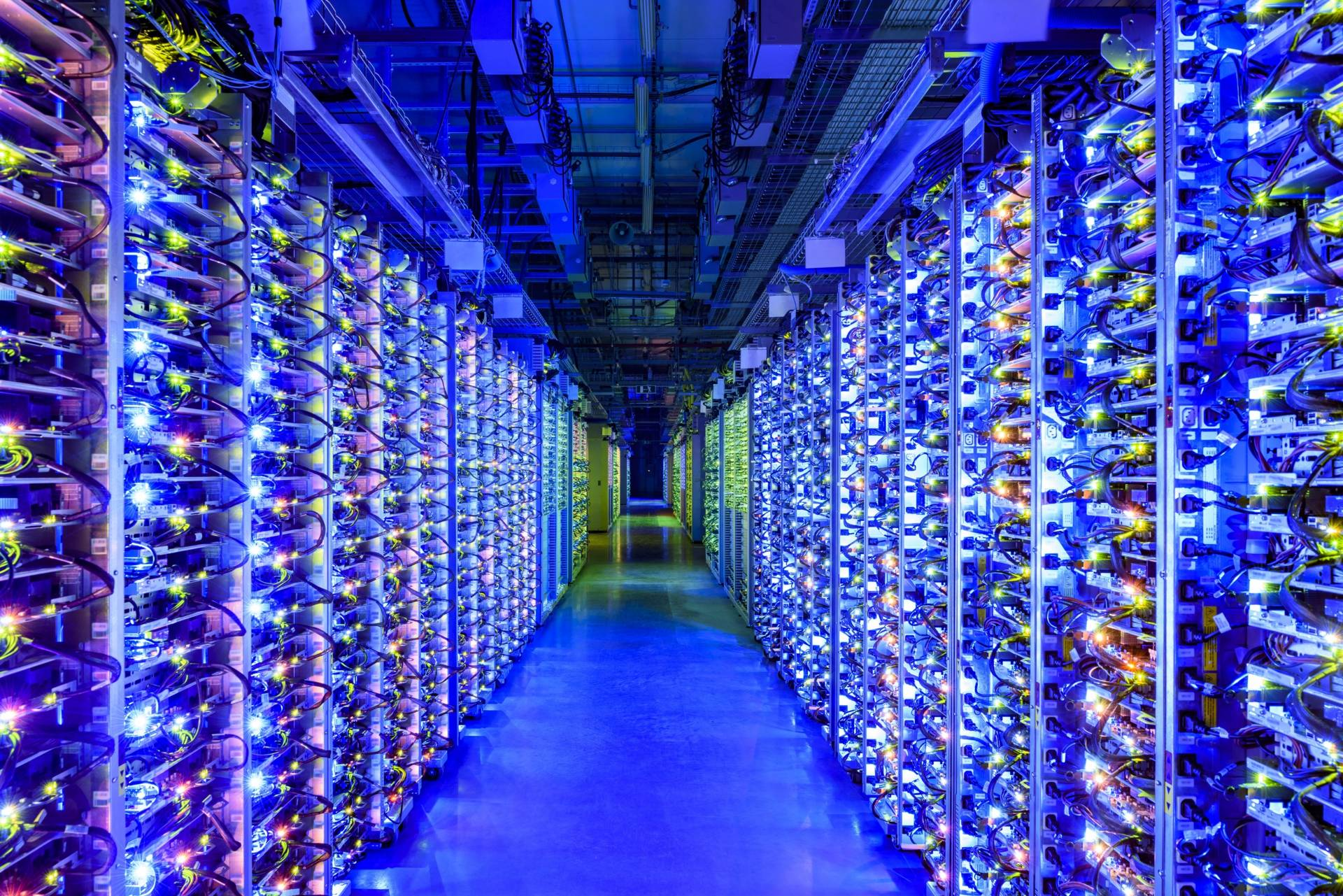 Google Stadia data center azzurro