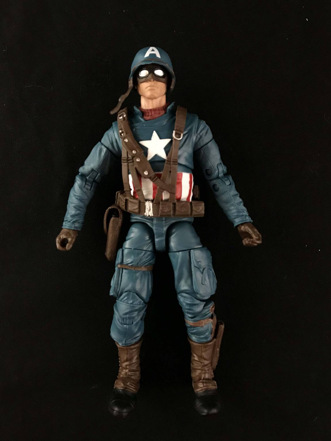 Hasbro Marvel Legends Series Captain America