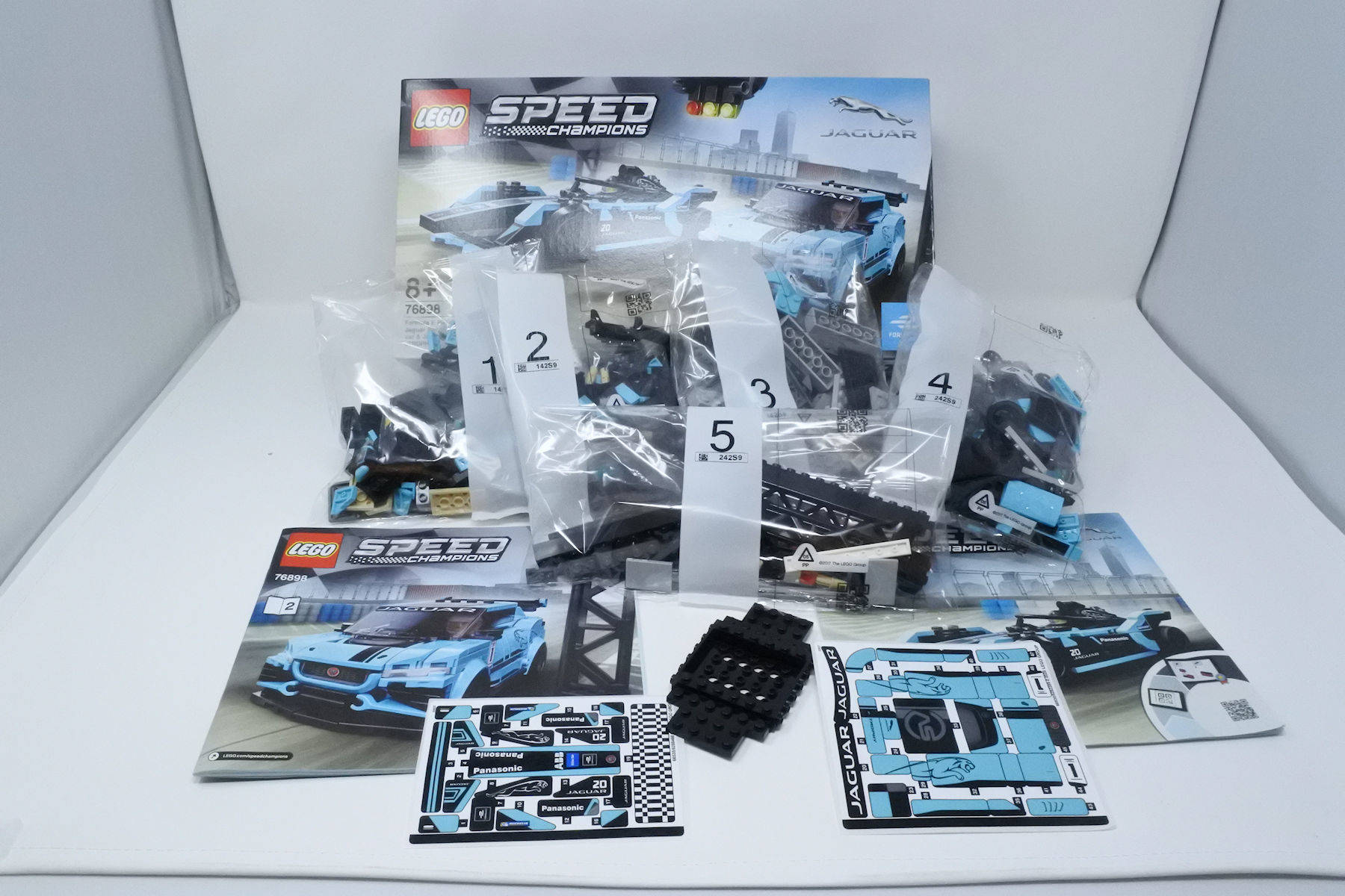 LEGO Speed Champions 76898 Jaguar Duo
