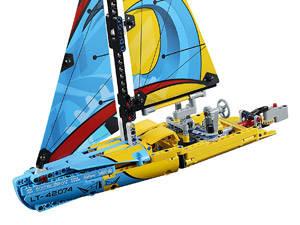 LEGO Yacht da gara