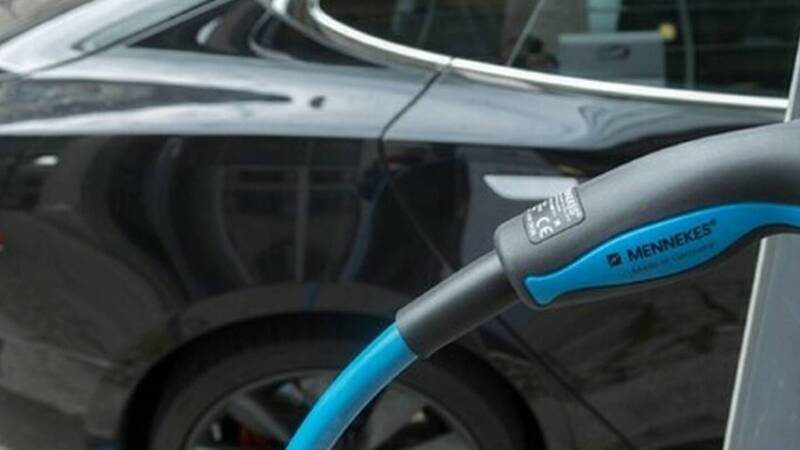 The electric car market is growing: + 225.3% in Italy