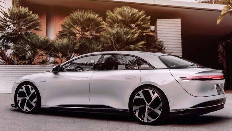 Lucid Air, the luxury electric sedan will arrive in Europe in 2022