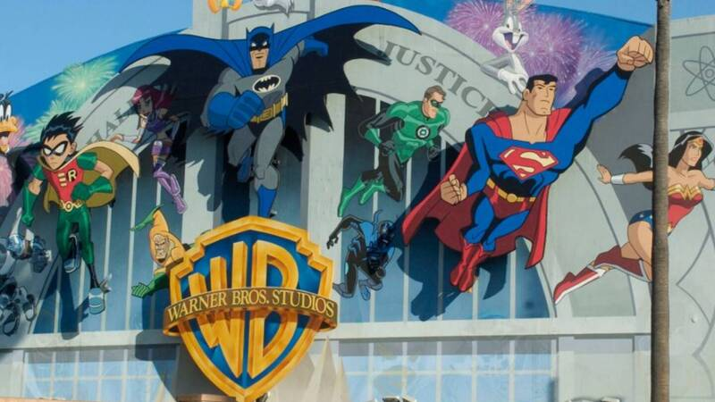 Movies in theaters again? For Warner it is possible