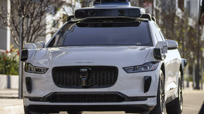 Waymo attacks Tesla: Autopilot will never be true autonomous driving