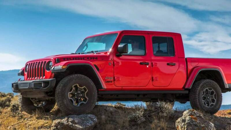 Jeep brings the Gladiator pick-up to Italy, with two configurations planned