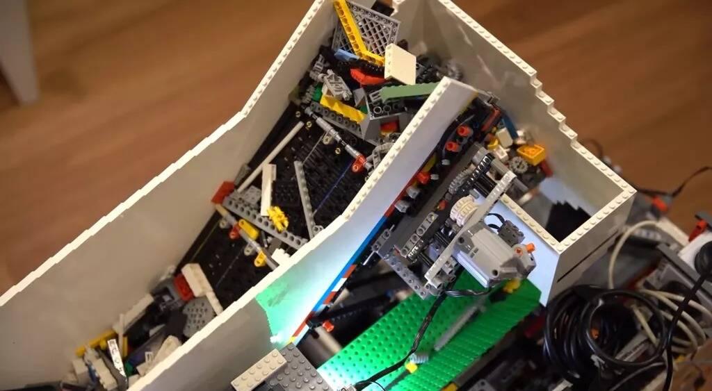 Raspberry Pi LEGO sorter