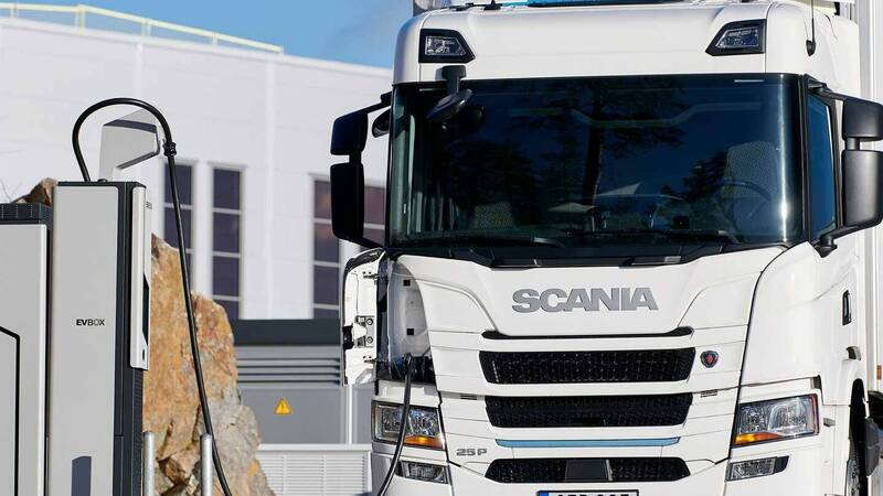 Scania is looking ahead: by 2030, 50% of its vehicles will be electric