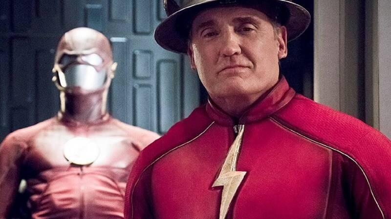 Stargirl Season 2 - John Wesley Shipp as the Flash (Jay Garrick)