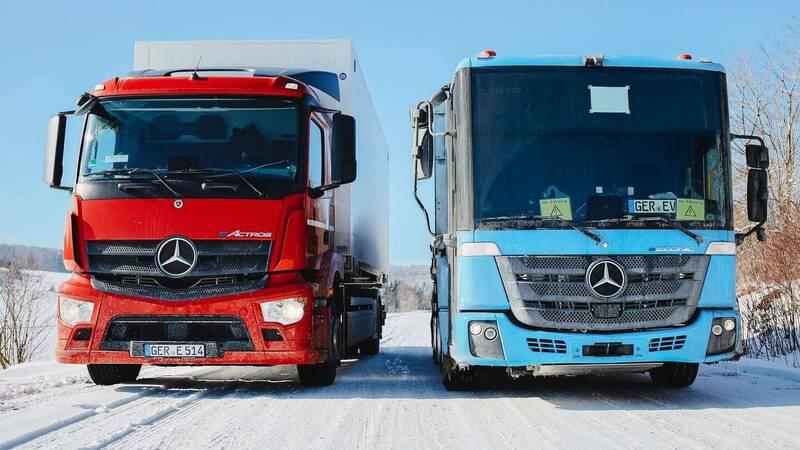 Mercedes Benz, eActros ed eEconic affron …
