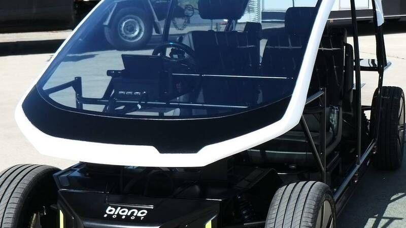 Electric cars, developed in Japan flexible solar panels