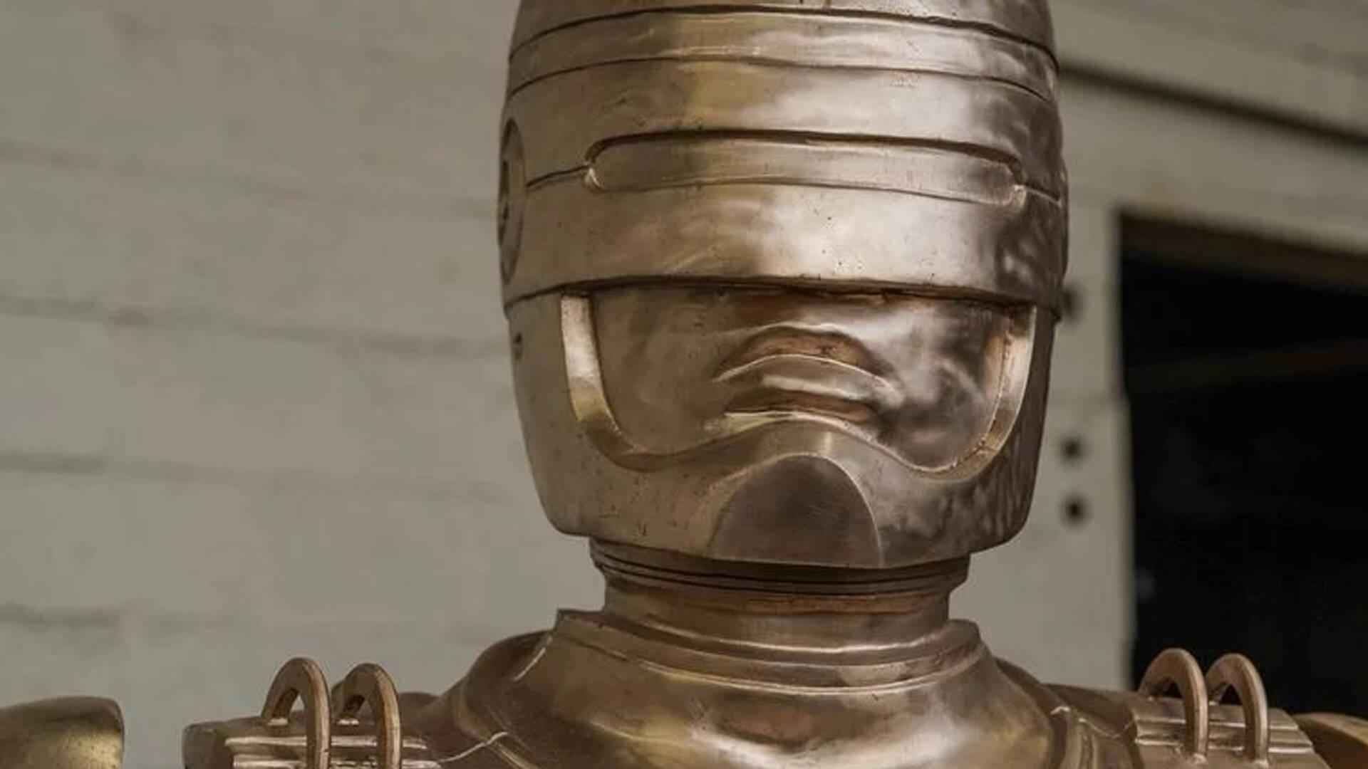 Robocop Statua