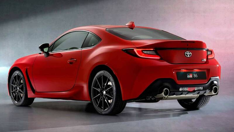 Toyota unveils the heir to the GT86, space for GR86