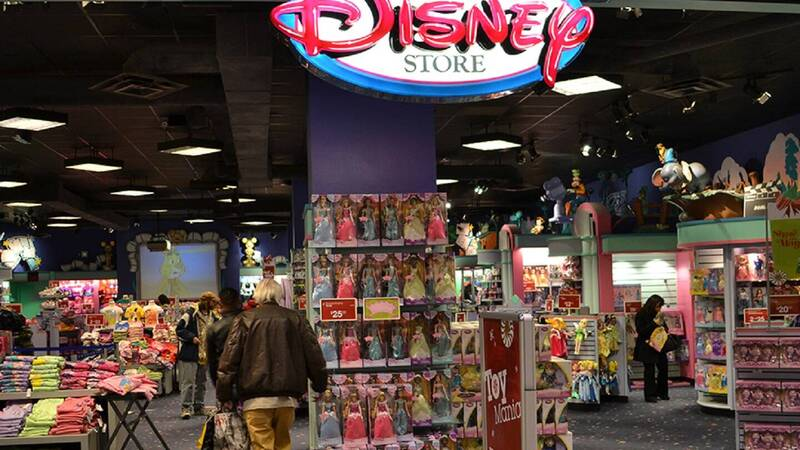 Disney Store: stores all over Italy close