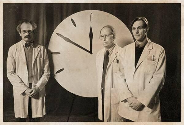 doomsday clock 4