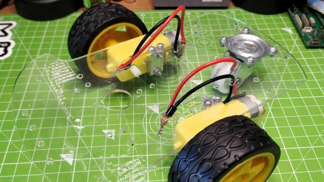 Raspberry Pi Pico Robot