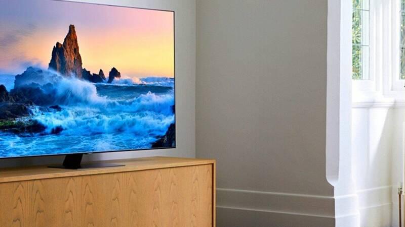 Smart TV Samasung QLED da 75″ con 600� …