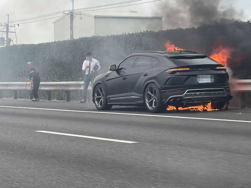 Un altro Urus in fiamme: cosa succede a Lamborghini?