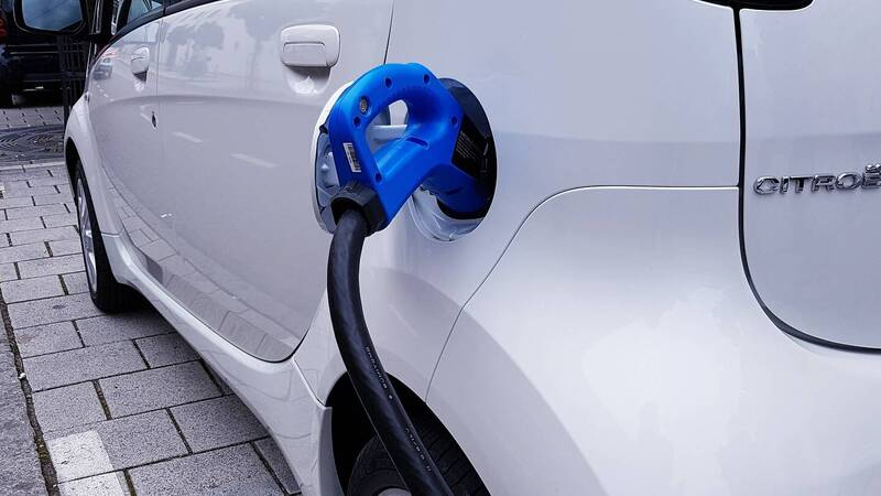 Canada, stop to diesel and petrol cars from 2035