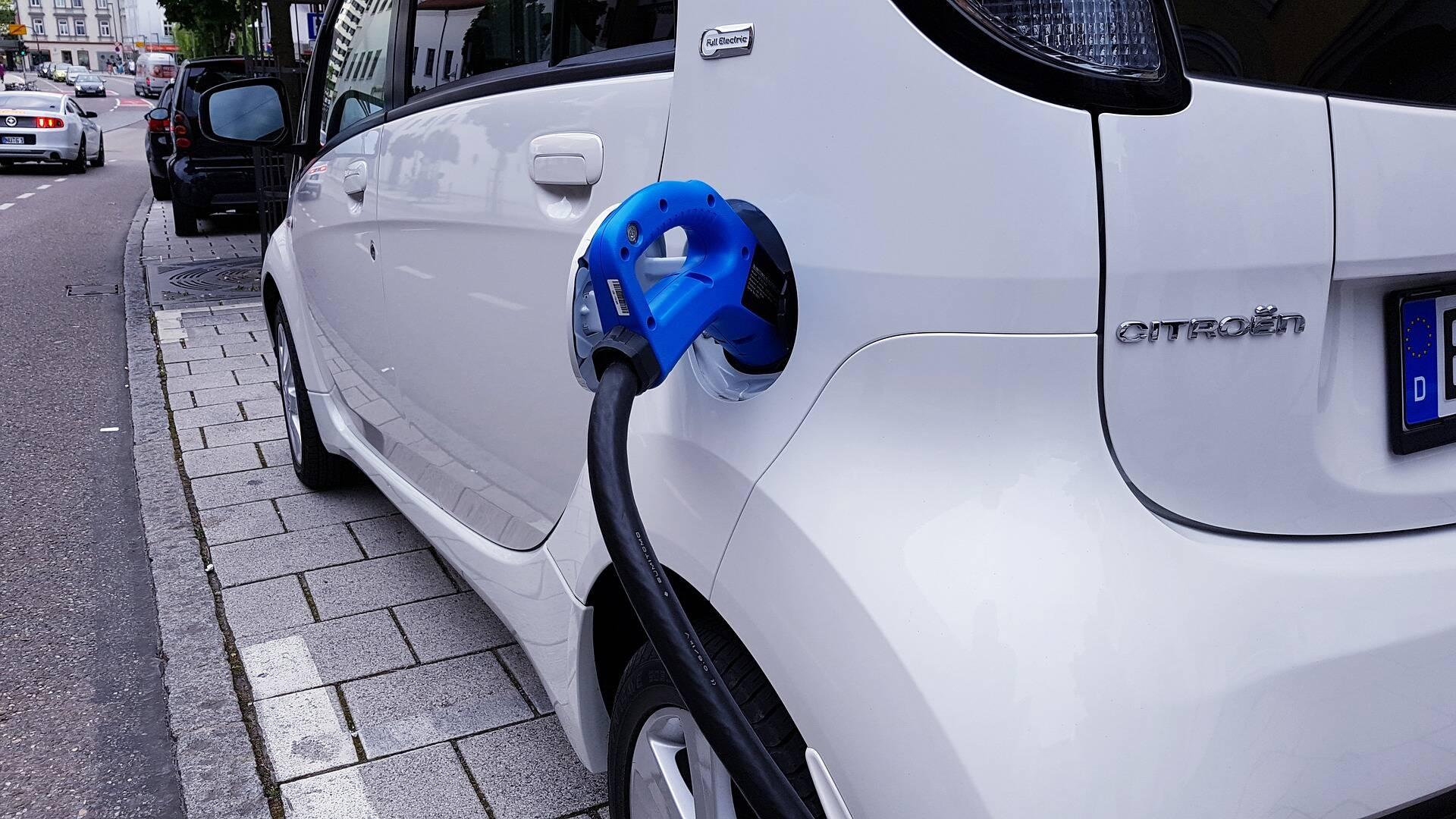 auto elettriche generiche