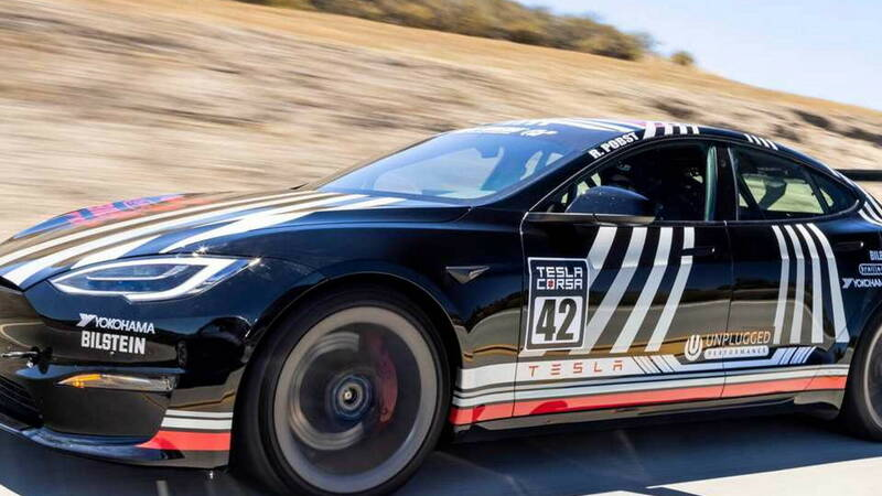 Tesla Model S Plaid dominates Pikes Peak in the Exhibition class