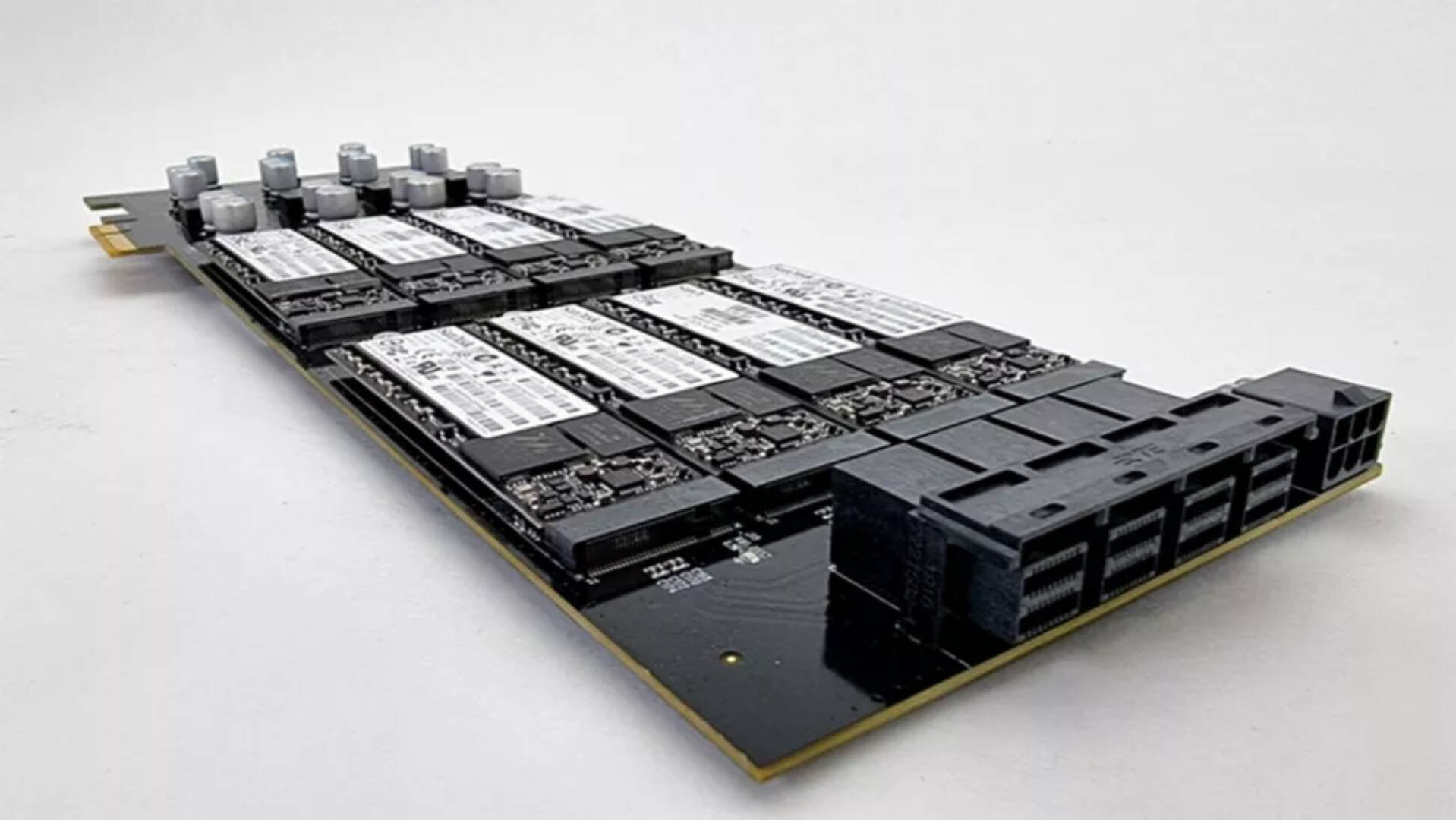 Apex Storage PCie 16 SSD