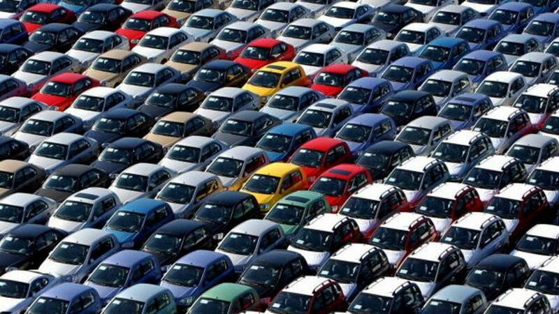 The car market in Italy, used cars are growing amid uncertainty and tradition