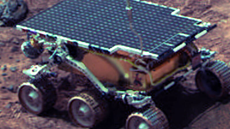 July 4, 1997: Mars Pathfinder sends the first rover to land on Mars