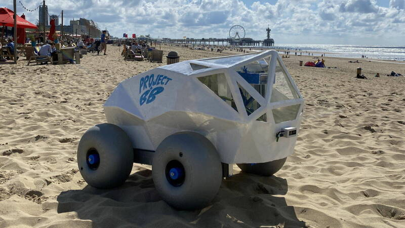 Project BB, the enemy robot of smokers and friend of the beaches