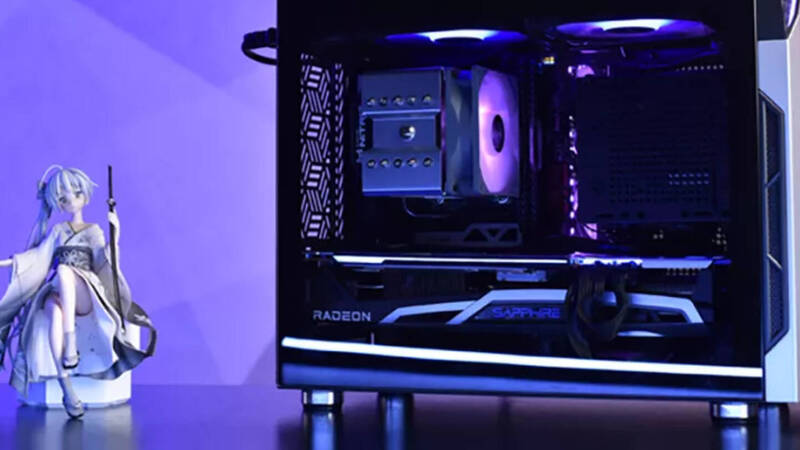 Sapphire, the new compact Nitro M1 case is what fans have been waiting for