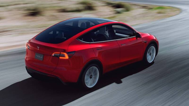 Tesla Model Y also arrives in Italy, first deliveries in August